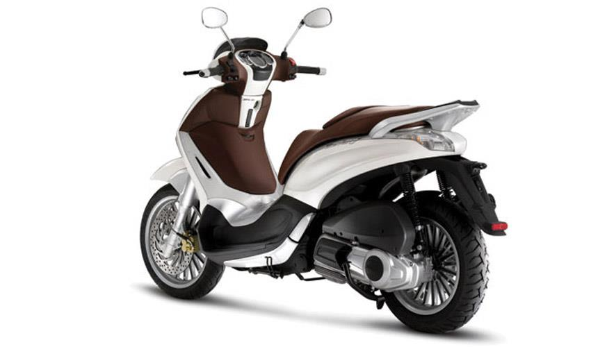scooter piaggio beverly syros rent a moto. Black Bedroom Furniture Sets. Home Design Ideas