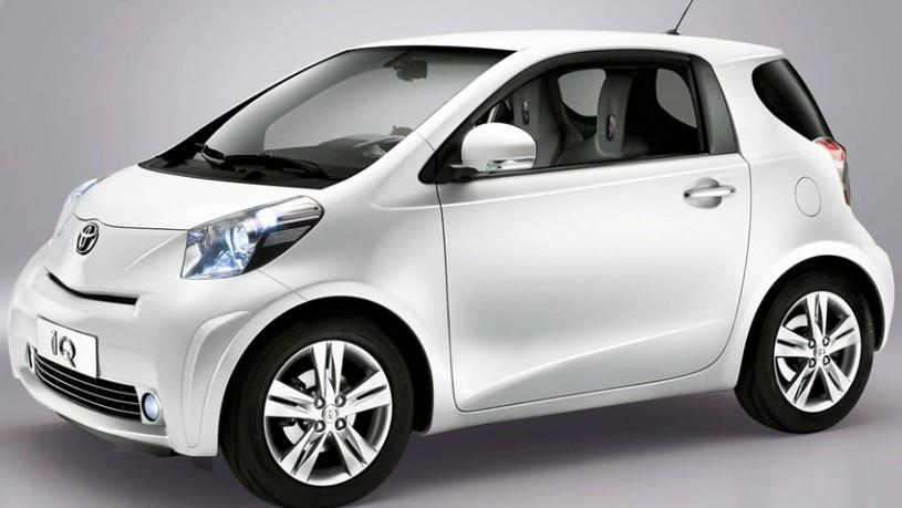 toyota-iq-syros-rent-a-car-1